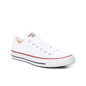 White Converse All Stars Low(Like New!)